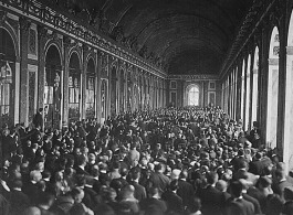hall_of_mirrors_versailles_treaty_1919
