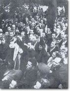Jewish crowd at soviet embassy