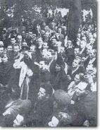 Jewish crowd at soviet embassy