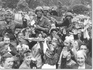 Latvians Welcome their German Liberators