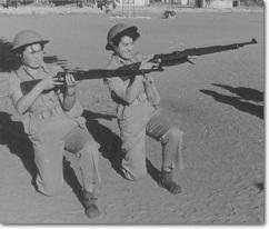 idf-women-train-with-german-karabiner-98k-rifles-1954